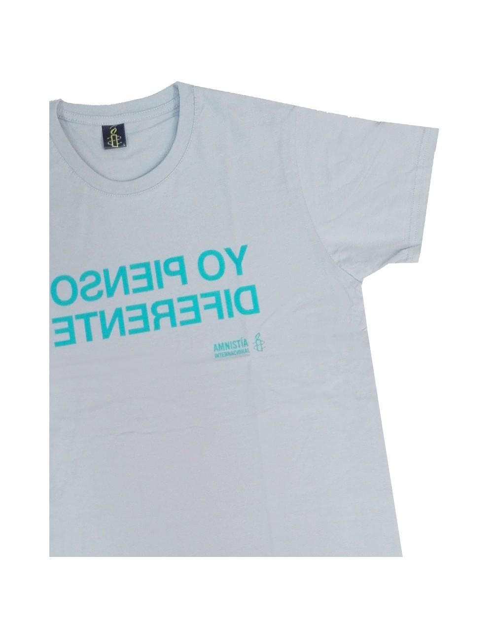 Camiseta con mensaje Yo pienso diferente Amnistía Internacional