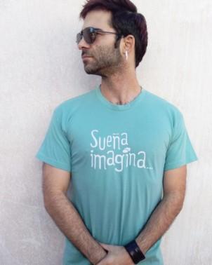 Camiseta original para regalar chico Amnistía Internaiconal Sueña