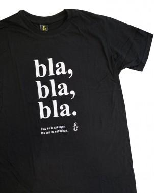 Camiseta solidaria con mensaje hombre por la libertad de expresión Amnistía Internacional