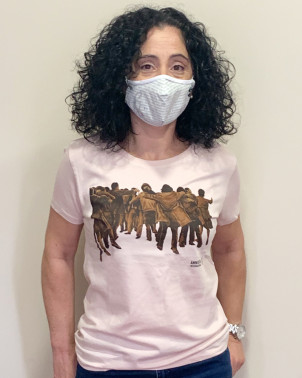 Camiseta mujer Juan Genovés Amnistía Internacional rosa algodón orgánico